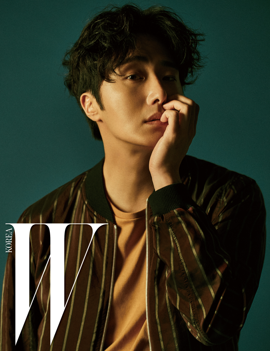jung-il-woo-for-w-korea-03-drama-chronicles