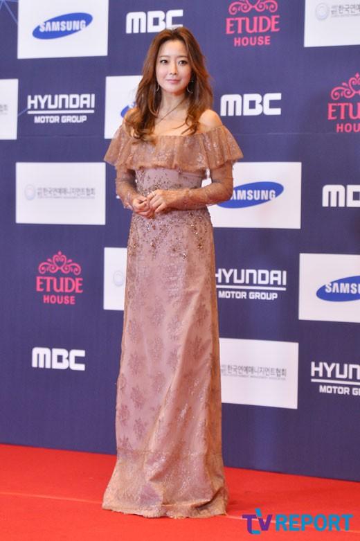 kim-hee-sun-apan-awards-01-drama-chronicles