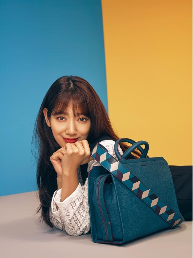 park-shin-hye-bruno-magli-03-drama-chronicles