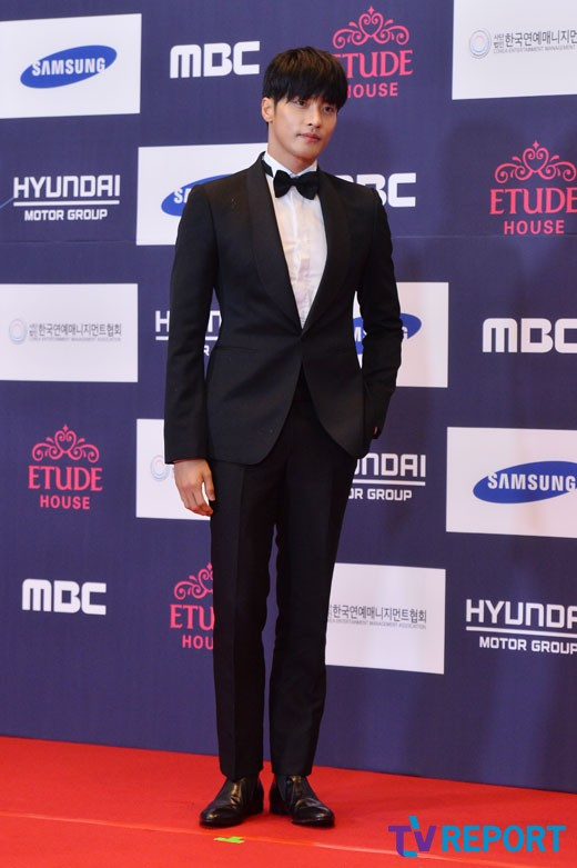 """Oh My Venus"" actor Sung Hoon"