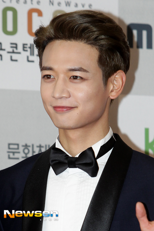 choi-min-ho-2016-korean-pop-culture-award-02-drama-chronicles
