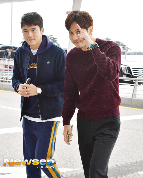 ha-suk-jin-kim-ji-seok-october-airport-fashion-02-drama-chronicles
