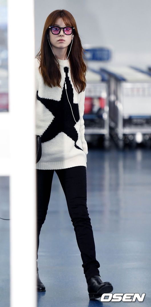 han-hyo-joo-october-airport-fashion-01-drama-chronicles