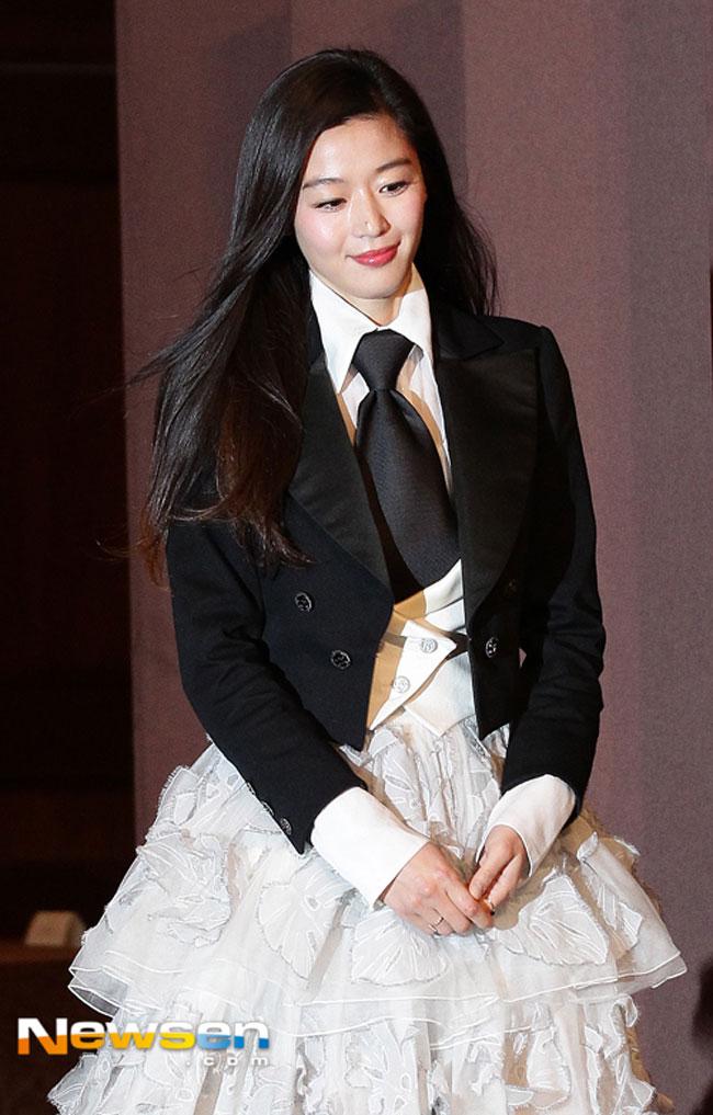 Jun Ji Hyun photo c/o Newsen