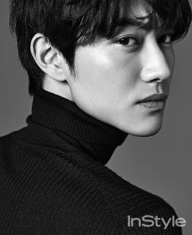 kwak-dong-yeon-instyle-01-drama-chronicles