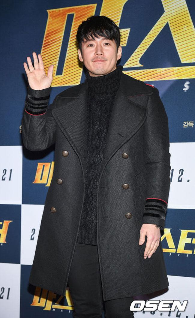 Jang Hyuk c/o OSEN