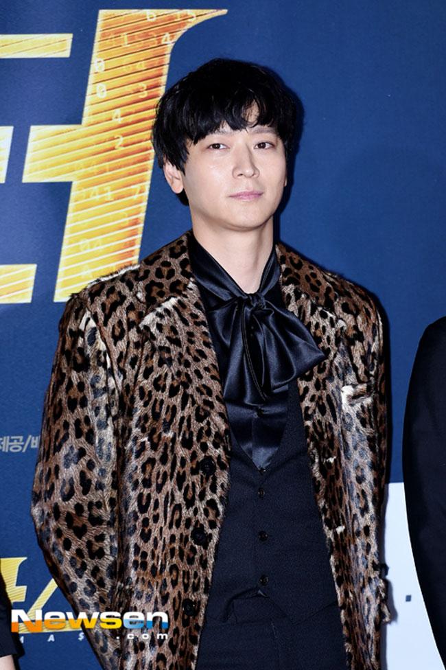 Kang Dong Won c/o OSEN