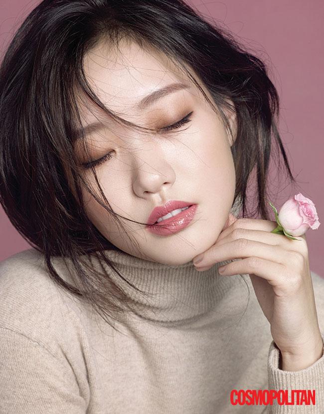 kim-go-eun-cosmopolitan-03-drama-chronicles