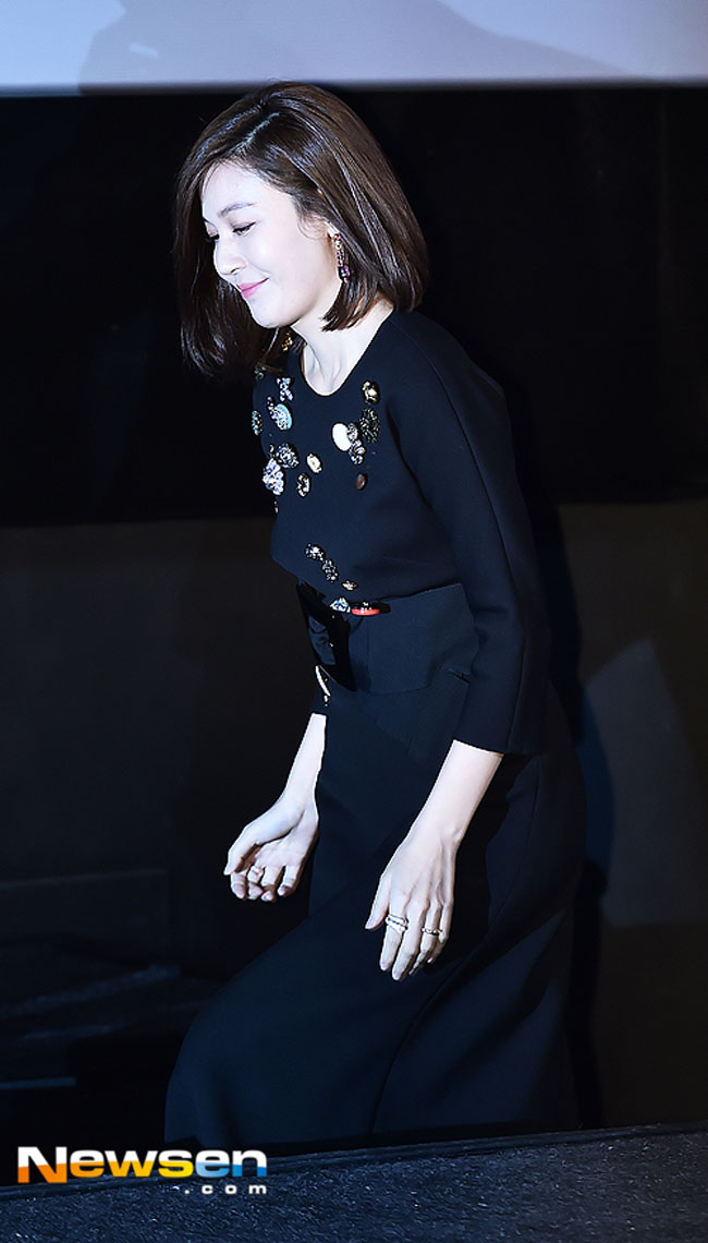 kim-ha-neul-misbehavior-press-conference-03-drama-chronicles