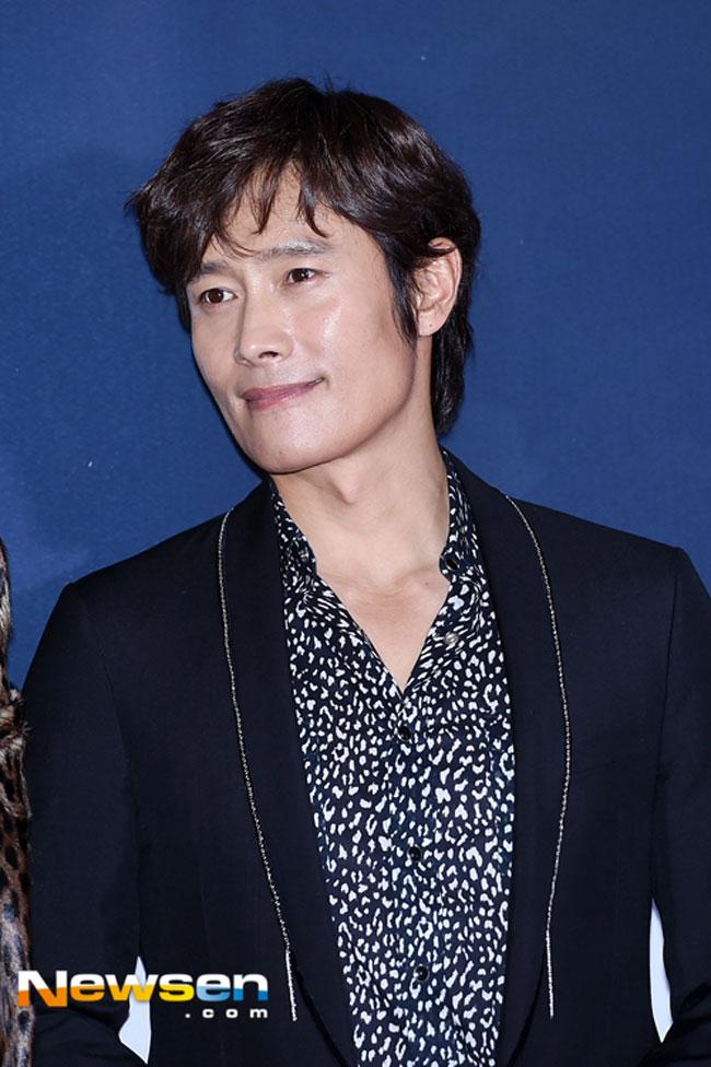 lee-byung-hun-master-vip-premiere-02-drama-chronicles