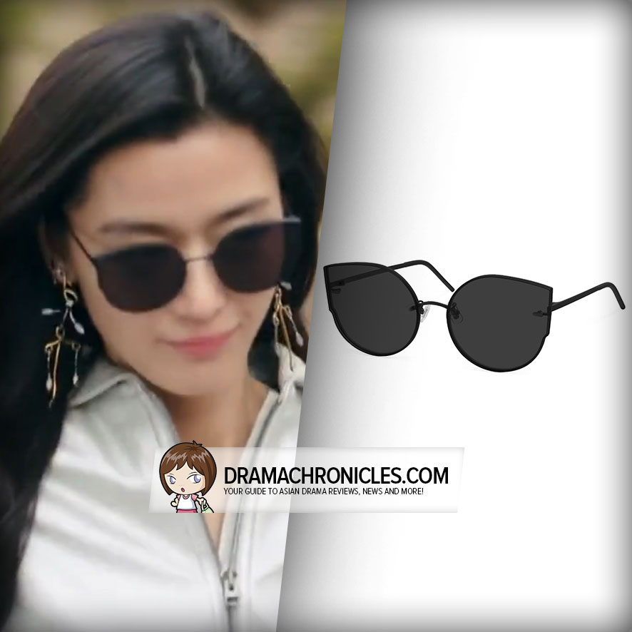 Jun Ji Hyun wearing Gentle Monster's In Ami Adam M01.