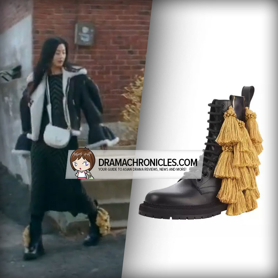 Jun Ji Hyun wearing Burberry's Lace-Up Booties.