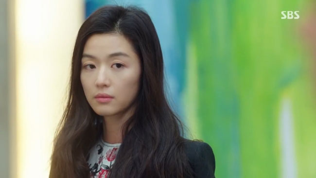 "Jun Ji Hyun in ""The Legend of the Blue Sea"" episode 8 c/o SBS"