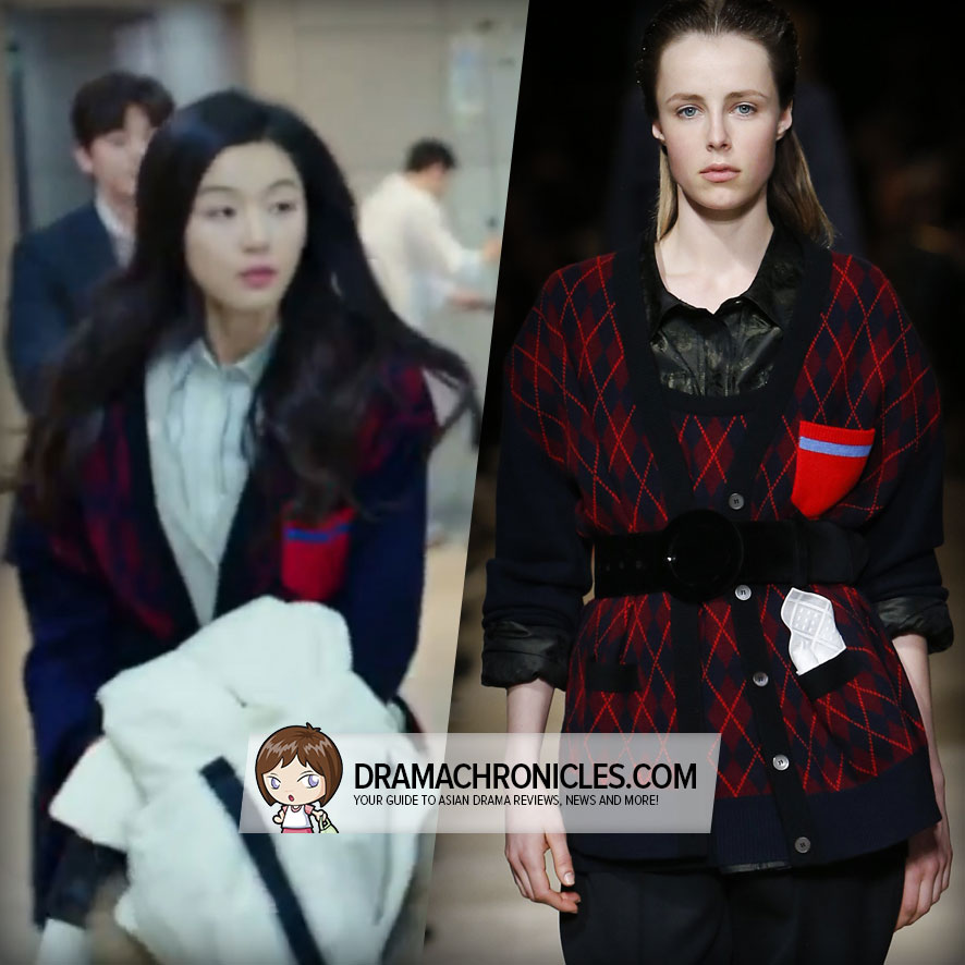 Jun Ji Hyun wearing cardigan form Miu Miu's Fall 2016 Collection.