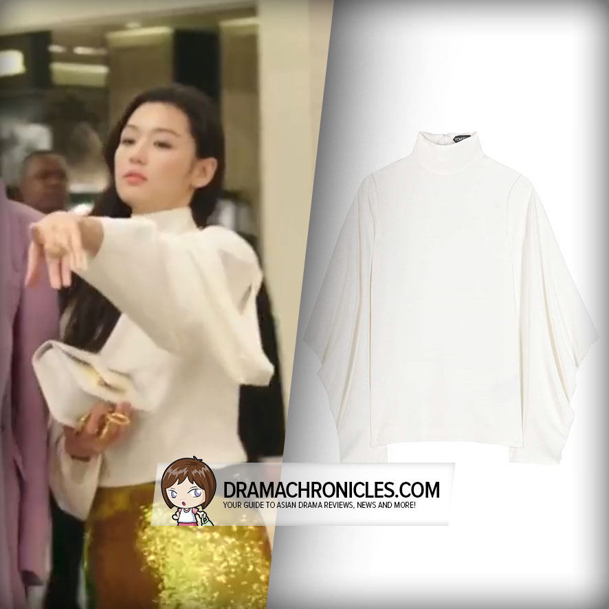 Jun Ji Hyun wearing a Tom Ford Shirt.