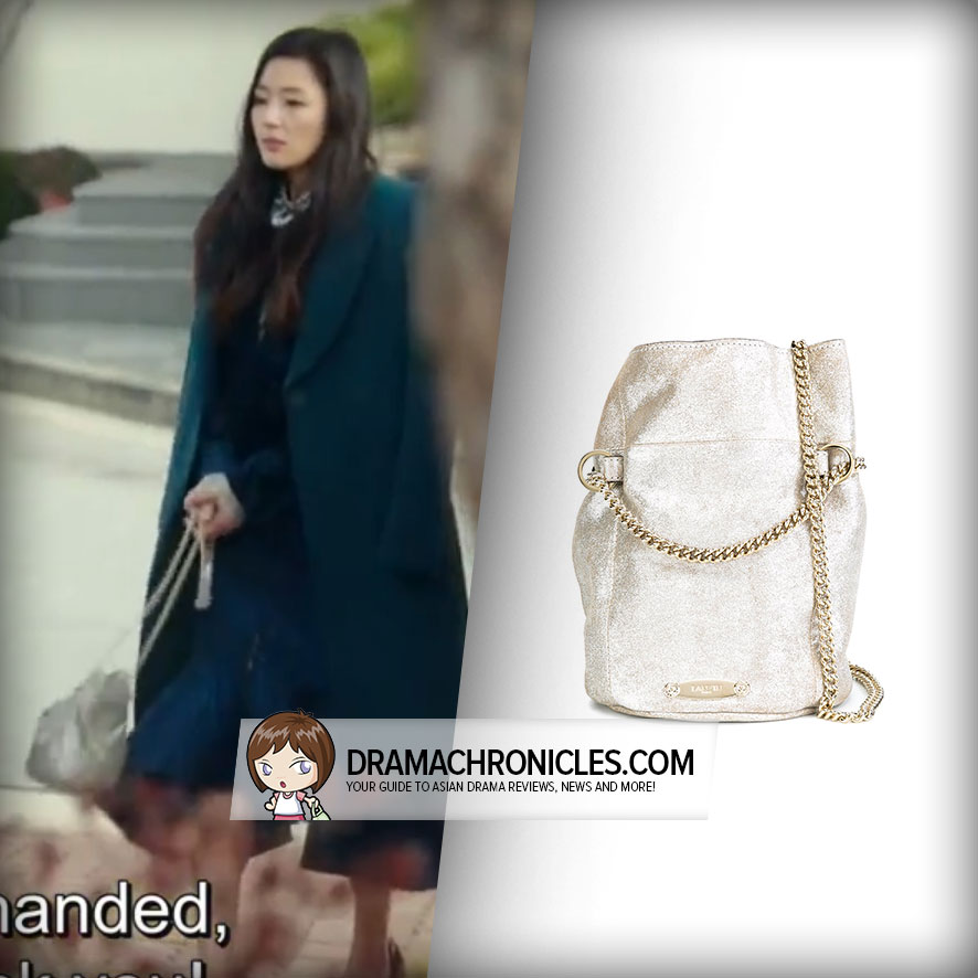 Jun Ji Hyun wearing a Lanvin Bucket Bag.