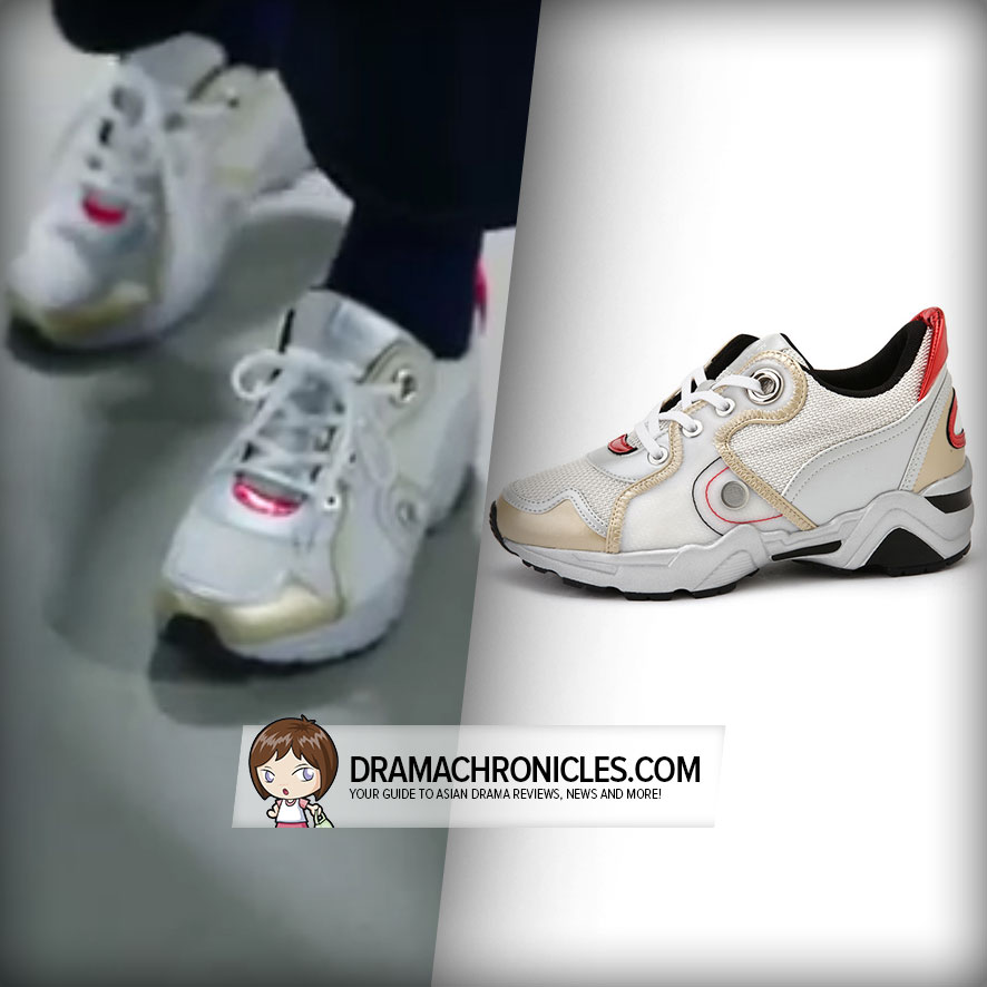Jun Ji Hyun wearing Suecomma Bonnie's Miracle White Sneakers.
