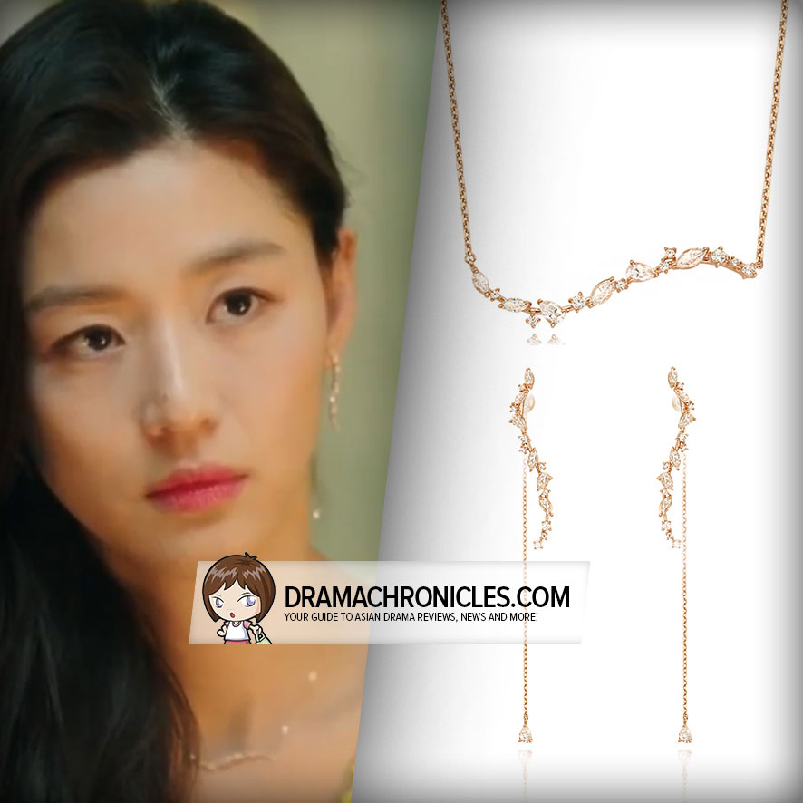 Jun Ji Hyun wearing Stonehenge's Earrings and Necklace.