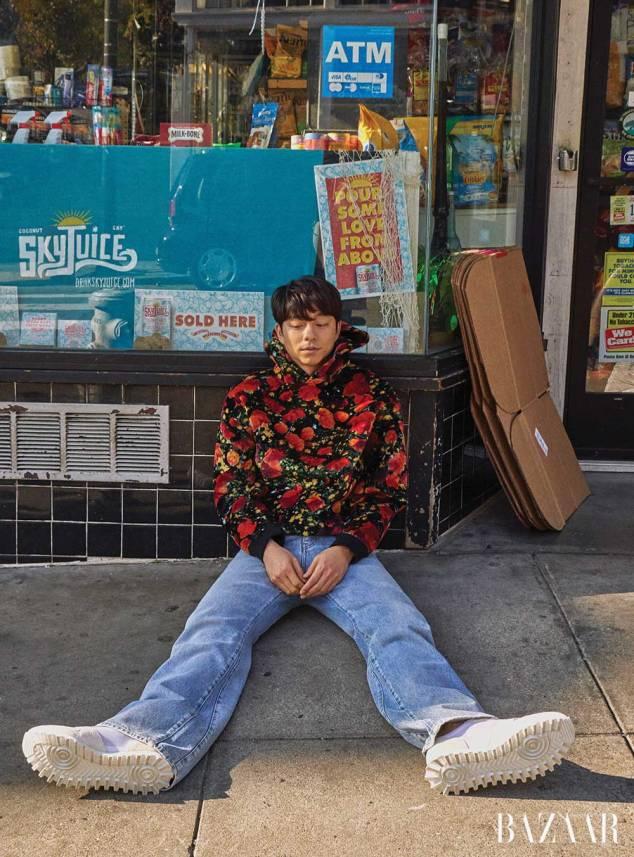 Gong-Yoo-Harpers-Bazaar-Feb-Drama-Chronicles-01