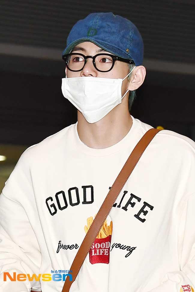BTS-V-March-25-Airport-Fashion-Drama-Chronicles-03