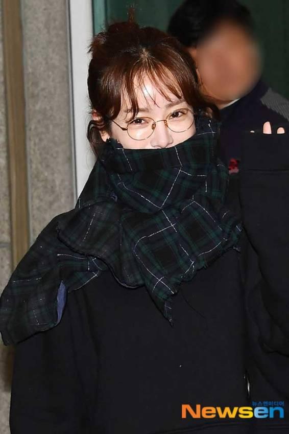 Han-Ji-Min-March-2019-Airport-Fashion-Drama-Chronicles-02