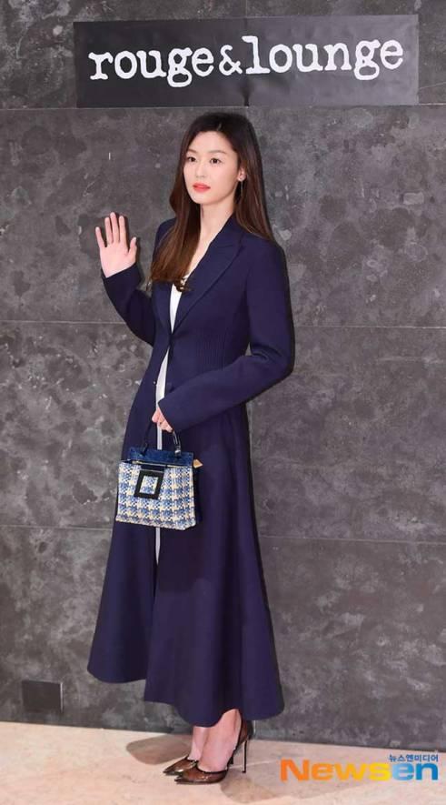 Jun-Ji-Hyun-Rouge-and-Lounge-March-2019-Drama-Chronicles-07