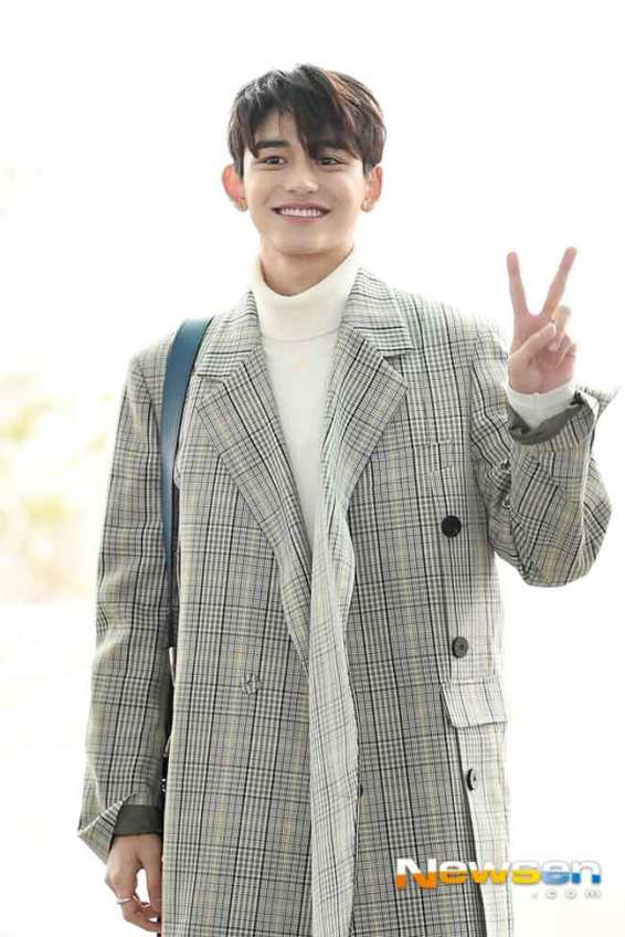 NCT-Lucas-March-Airport-Fashion-2019-Wk-2-Drama-Chronicles-03