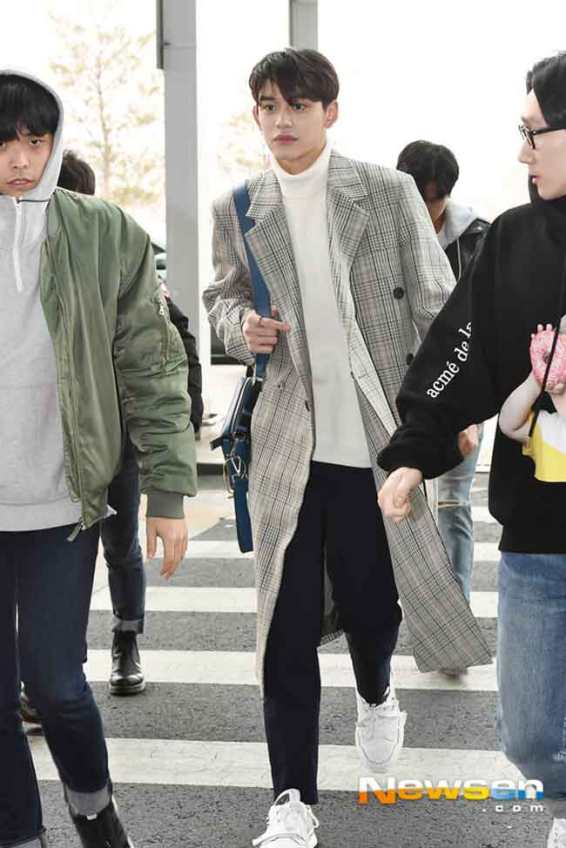 NCT-Lucas-March-Airport-Fashion-2019-Wk-2-Drama-Chronicles-06