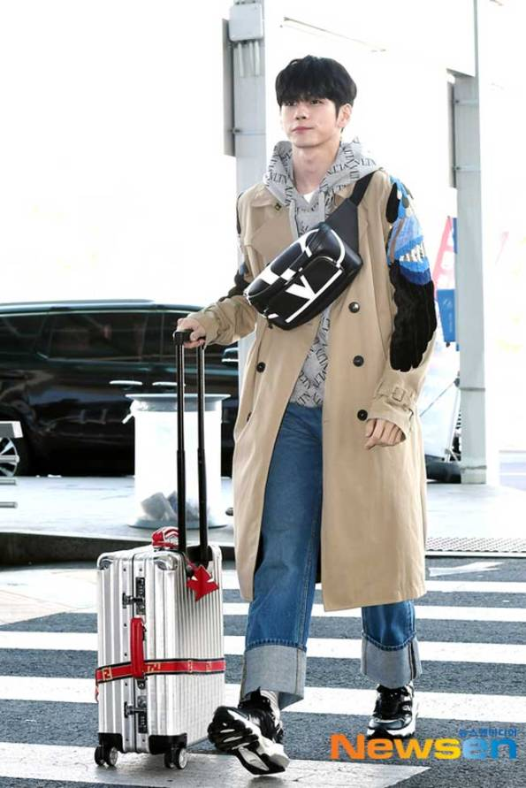 On-Seong-Woo-March-Airport-Fashion-2019-Batch-3-Drama-Chronicles-02