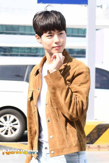 Park-Bo-Gum-March-2019-Airport-Fashion-Drama-Chronicles-05
