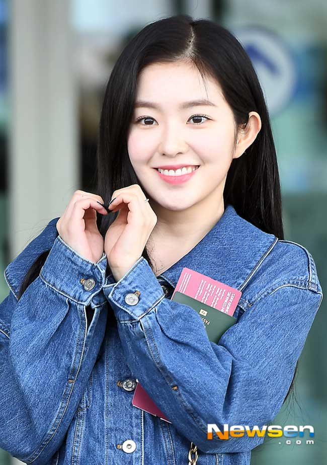 Red-Velvet-Irene-Airport-Fashion-March-2019-Drama-Chronicles-04