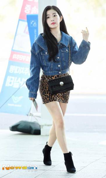 Red-Velvet-Irene-Airport-Fashion-March-2019-Drama-Chronicles-05