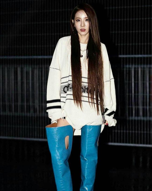 Sandara-Park-Paris-Fashion-Week-2019-Drama-Chronicles-20