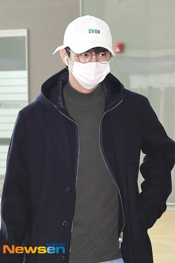 Seo-In-Guk-March-2019-Airport-Fashion-Drama-Chronicles-02