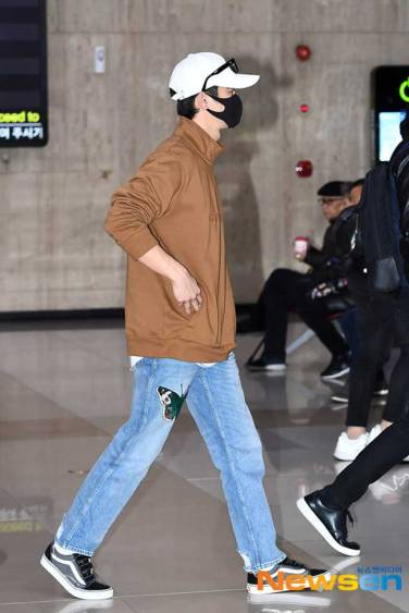 Seo-In-Guk-March-Airport-Fashion-2019-Batch-3-Drama-Chronicles-07