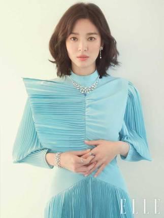 Song-Hye-Kyo-Elle-Korea-2019-Drama-Chronicles-09
