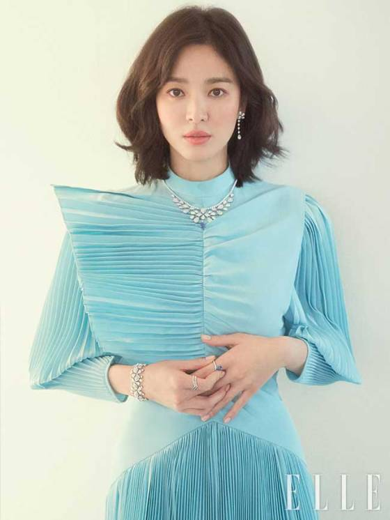 Song-Hye-Kyo-Elle-Korea-2019-Drama-Chronicles-09