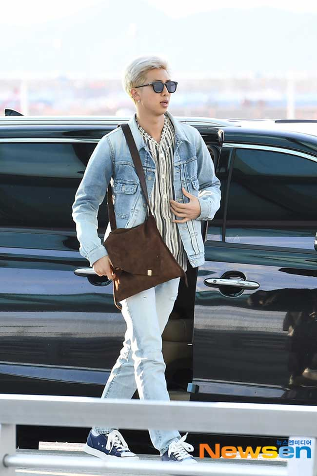 BTS-April-10-Airport-Fashion-Drama-Chronicles-16