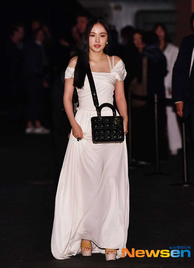 Min-Hyo-Rin-Dior-Event-Drama-Chronicles-05