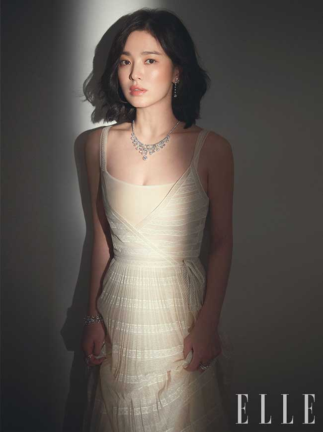 Song-Hye-Kyo-Elle-Korea-2019-Drama-Chronicles-01
