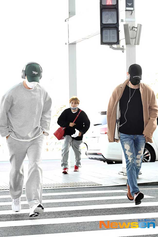 Super-Junior-Donghae-Leeteuk-Eunhyuk-March-2019-Airport-Fashion-Drama-Chronicles-01